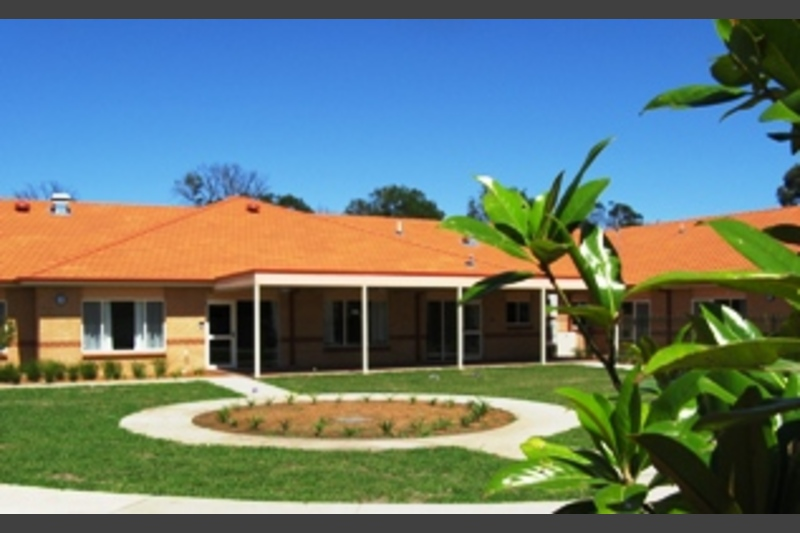 Southern Cross Tenison Apartments - Goulburn